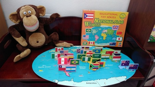 Mapa-con-banderas-de-Educational-Toy-Series.jpg